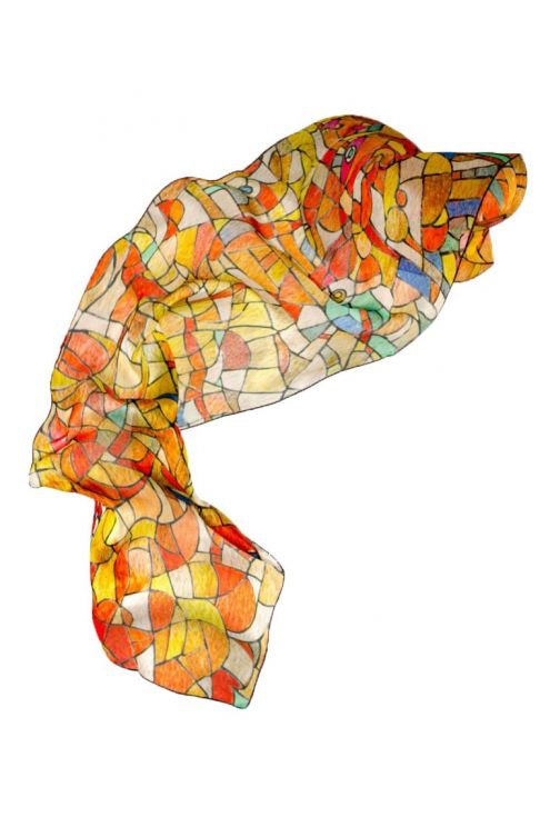 """""""Vitral de luz"""", fular de seda natural, inspirado en los vitrales de luz de la Sagrada Familia en tonos rojos, naranjas."""